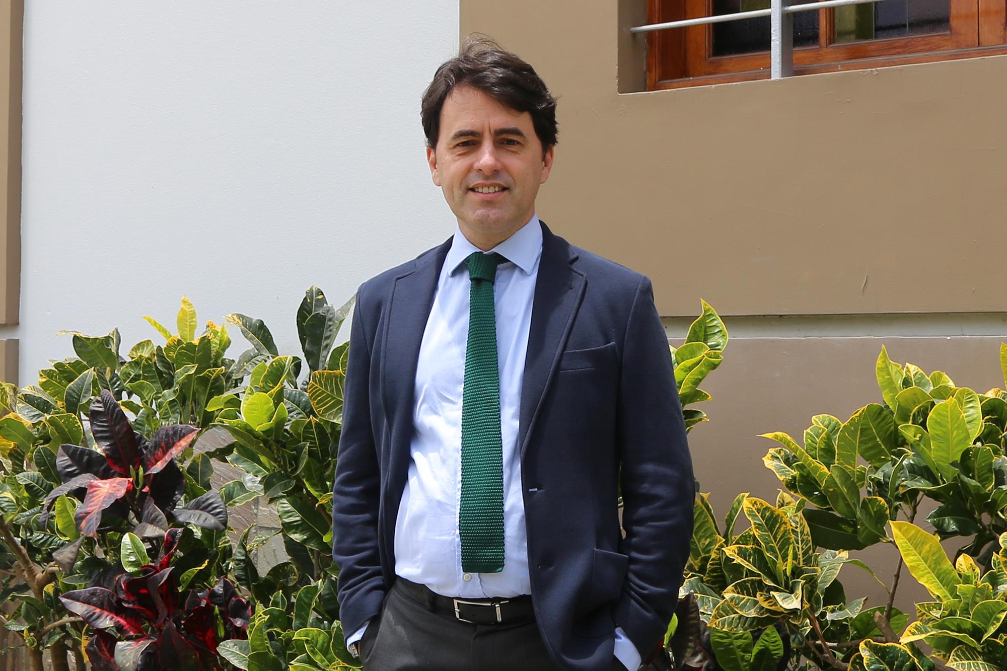 RAMIRO GIL-SERRATE